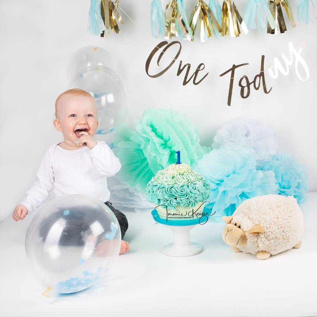 cakesmash fotoshoot baby 1 jaar keizerfotografie